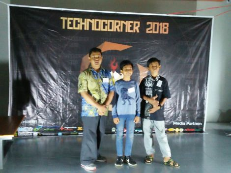 technocorner UGM_robotic soccer_11 maret
